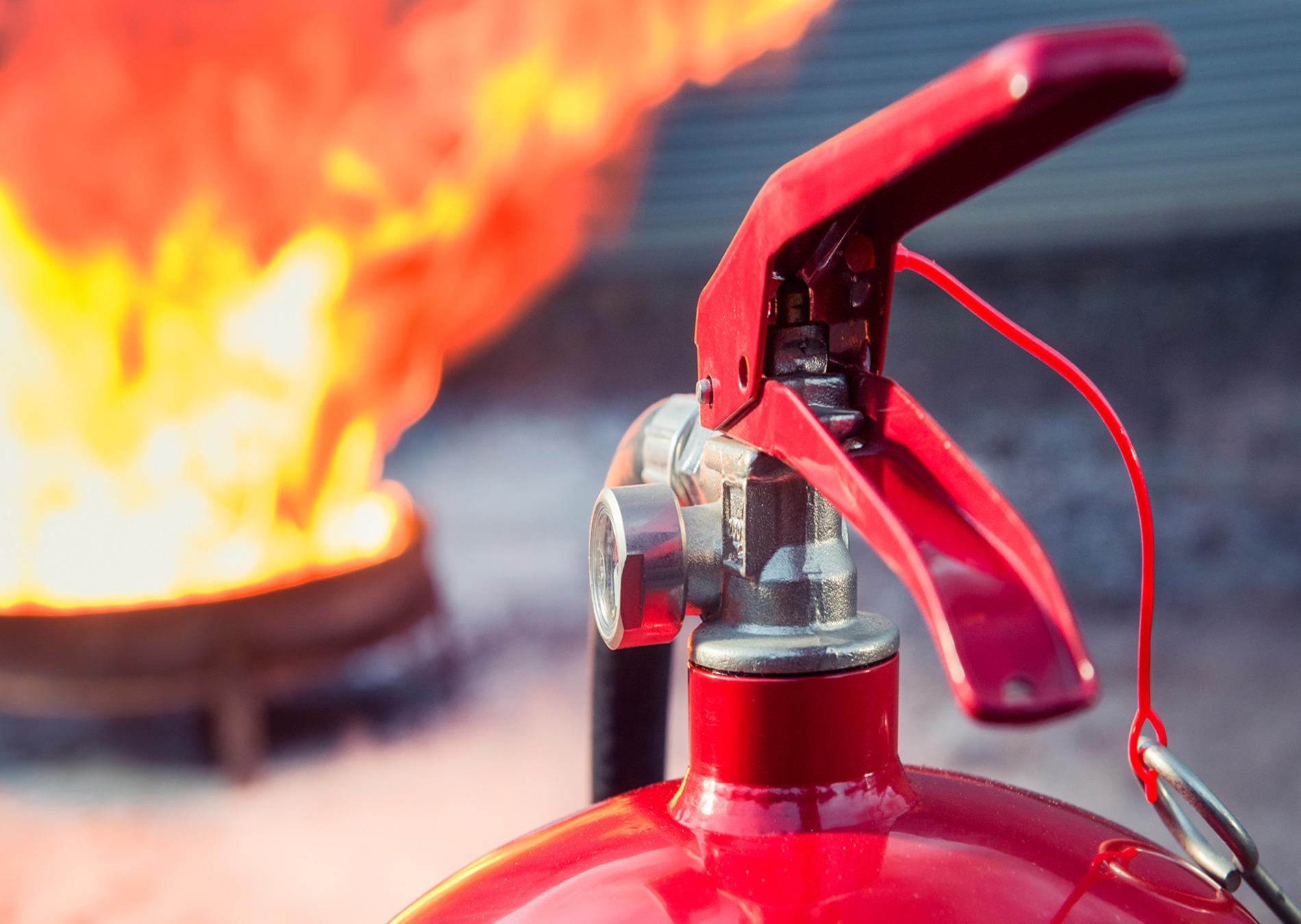 Пожарно-технический минимум для руководителей, главных специалистов и должностных лиц, ответственных за обеспечение пожарной безопасности